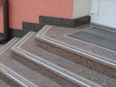 granitnoe-kryiltso