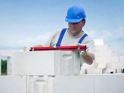 Из чего складывается стоимость постройки дома из газобетона