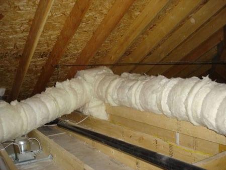 Как и чем утеплить трубу в подвале дома