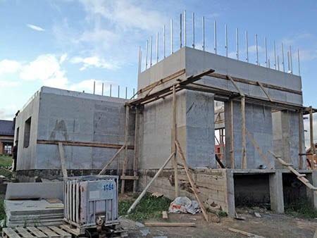 Стены из шлакобетона можно сделать монолитными